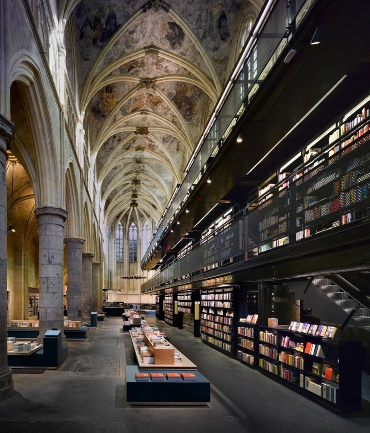 13th-Century-Church-Converted-to-Modern-Day-Library-in-Holland-1